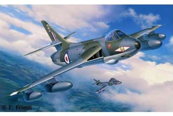 Revell Hawker Hunter FGA9/Mk58 132