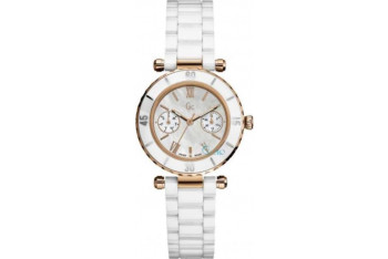 Guess Collection Ladies 42004L1